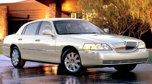 2005 lincoln town car specifications car specs auto123. Black Bedroom Furniture Sets. Home Design Ideas