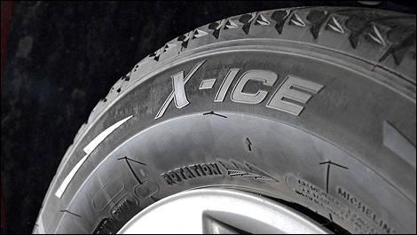 pneus d 39 hiver michelin x ice chapitre deux vid o actualit s automobile auto123. Black Bedroom Furniture Sets. Home Design Ideas