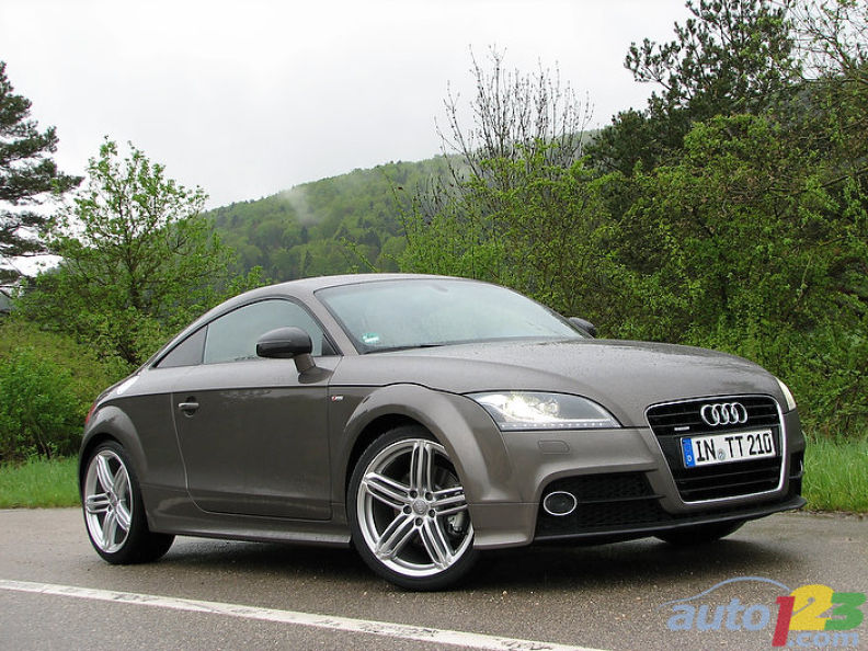 officieel audi tt facelift. Black Bedroom Furniture Sets. Home Design Ideas