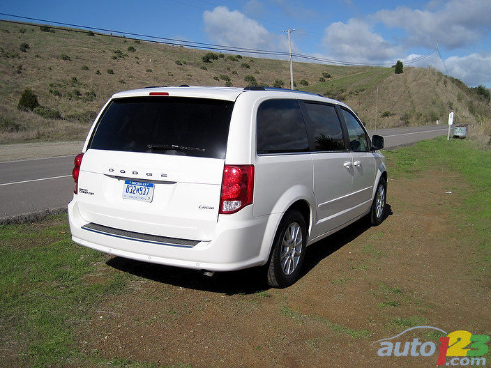 chrysler town country dodge grand caravan facelift. Black Bedroom Furniture Sets. Home Design Ideas