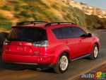 2011 Mitsubishi Outlander XLS Review