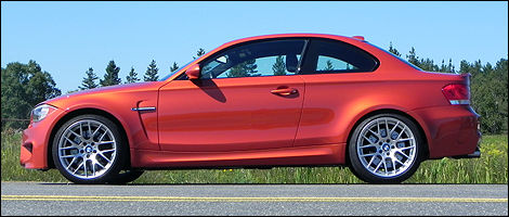2011 BMW 1M Coupé left side view