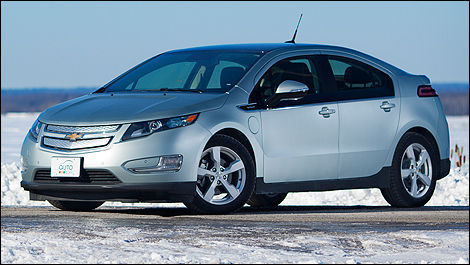 2012 Chevrolet Volt front 3/4 view