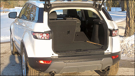 2012 Range Rover Evoque Pure trunk