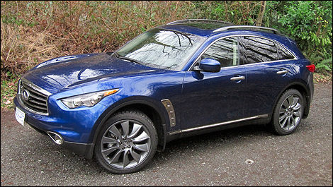 2012 Infiniti FX35 Limited Edition front 3/4 view