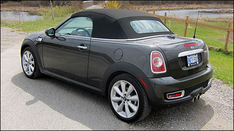 2012 MINI Cooper Roadster rear 3/4 view
