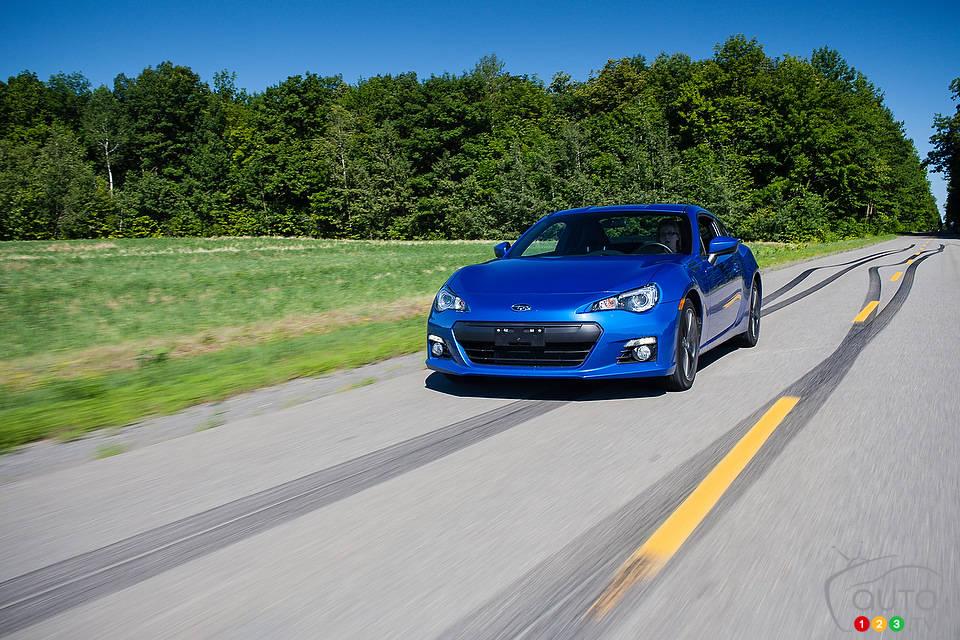 essai comparatif de voitures sport compactes 2012 victoire de la subaru brz 2013 actualit s. Black Bedroom Furniture Sets. Home Design Ideas