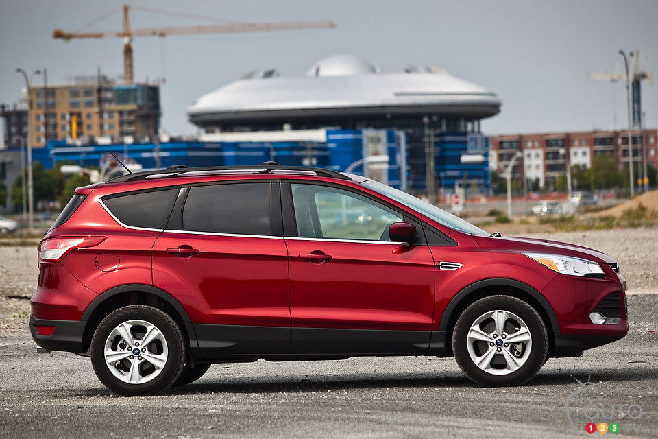 Ford C Max Review >> 2013 Ford Escape SE 4WD | Car Reviews | Auto123