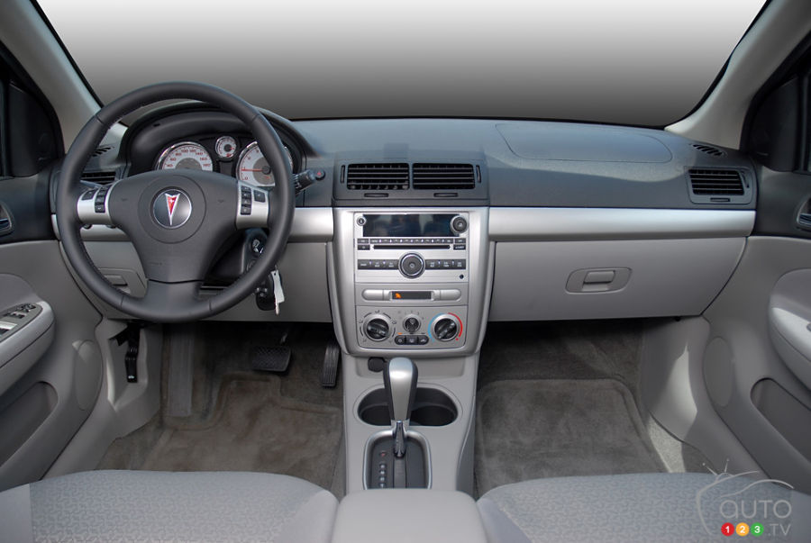 Pontiac G5 Pursuit Used Car News Auto123