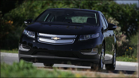 2013 Chevrolet Volt front view