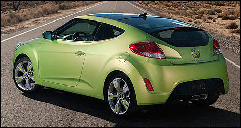 Hyundai Veloster rear 3/4 view