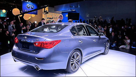 2014 Infiniri Q50 3/4 rear view
