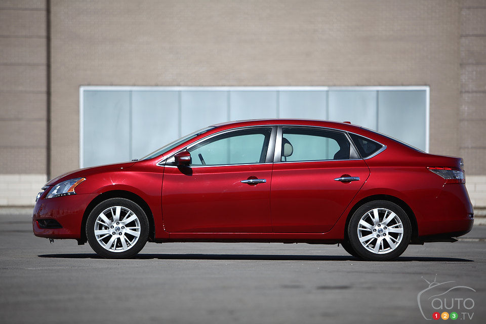 What Is A Powertrain Warranty >> 2013 Nissan Sentra 1.8 SV SL | Car News | Auto123