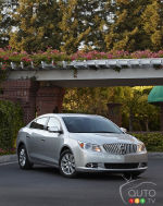 2013 Buick LaCrosse eAssist Preview