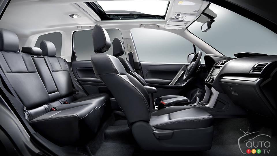 2014 subaru forester limited car news auto123 for Subaru interieur