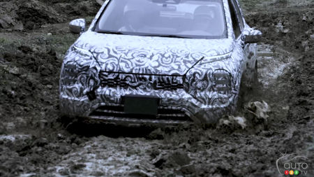 2022 Mitsubishi Outlander, in the mud