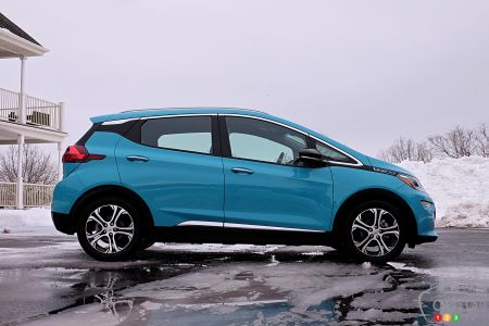 2020 Chevrolet Bolt, profile