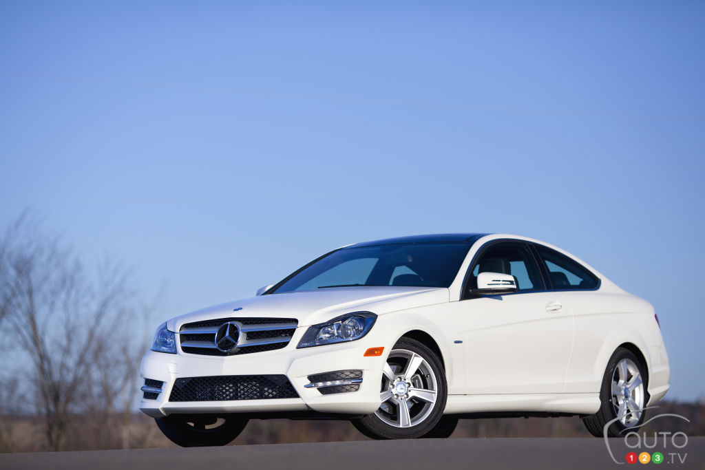 2012 mercedes benz c250 coupe car reviews auto123 for 2012 mercedes benz e550 coupe review