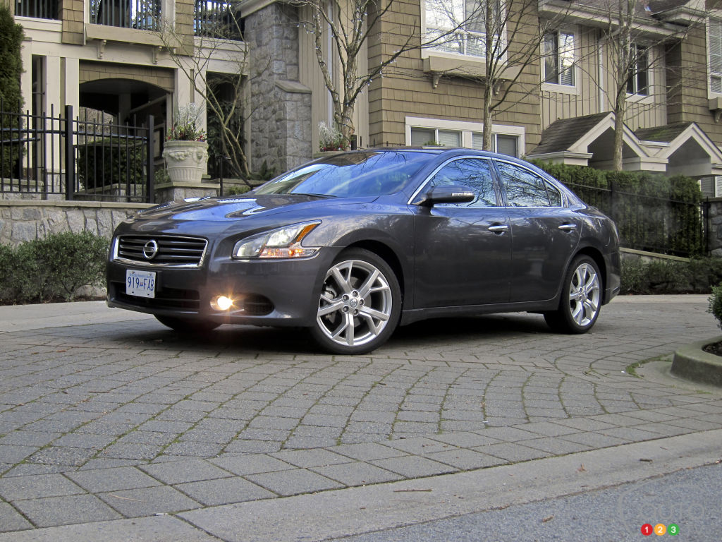 2012 nissan maxima 3 5 sv car news auto123. Black Bedroom Furniture Sets. Home Design Ideas