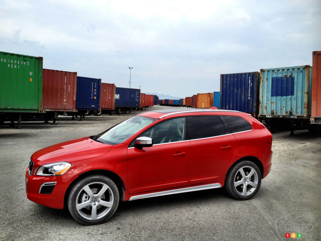 2012 volvo xc60 t6 awd r design platinum car news auto123. Black Bedroom Furniture Sets. Home Design Ideas