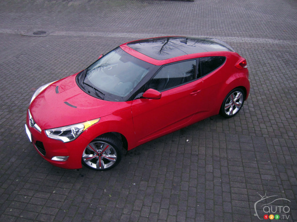 2012 Hyundai Veloster Tech Package | Car Reviews | Auto123