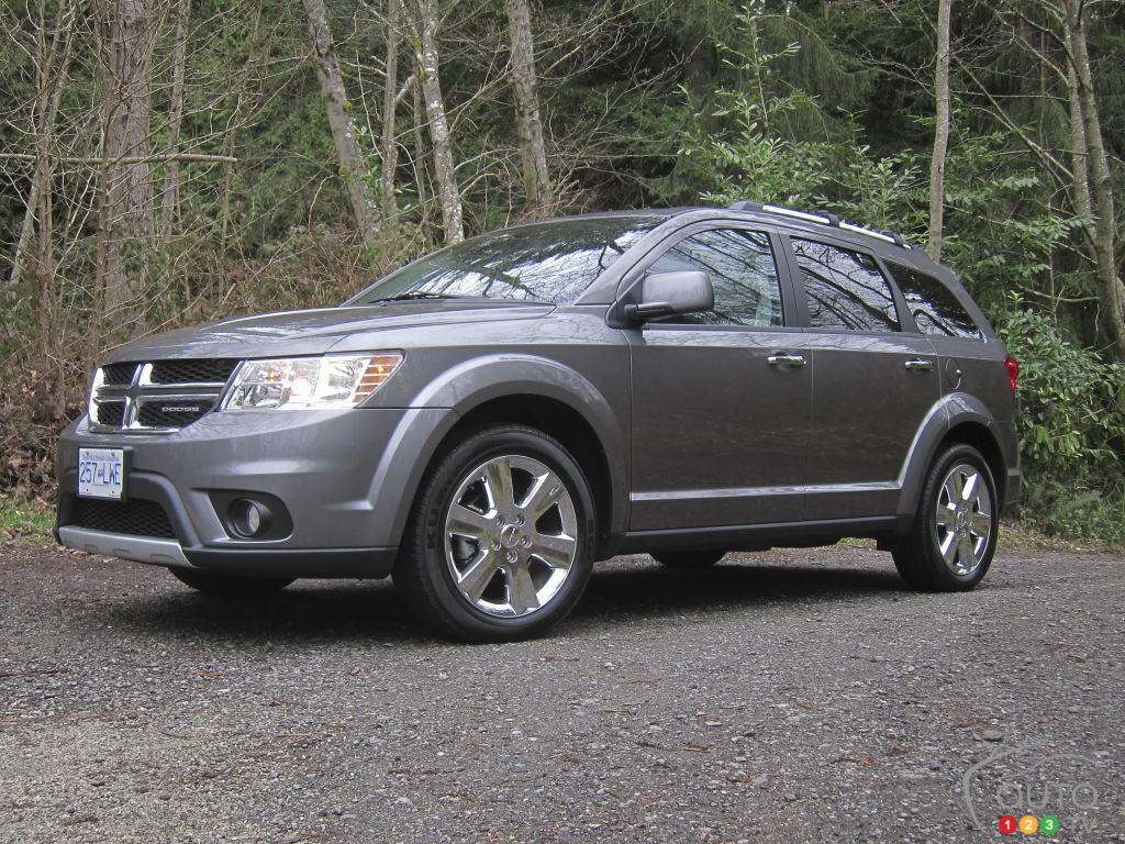 2012 dodge journey r t awd car news auto123. Black Bedroom Furniture Sets. Home Design Ideas