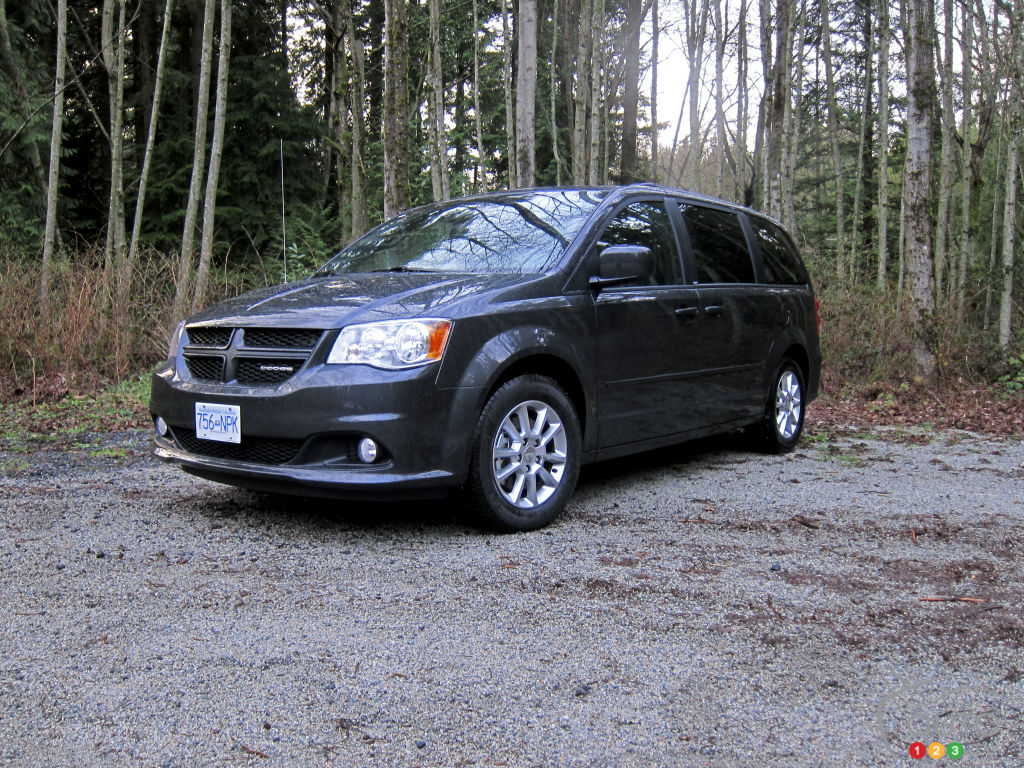 2012 dodge grand caravan r t car reviews auto123. Black Bedroom Furniture Sets. Home Design Ideas