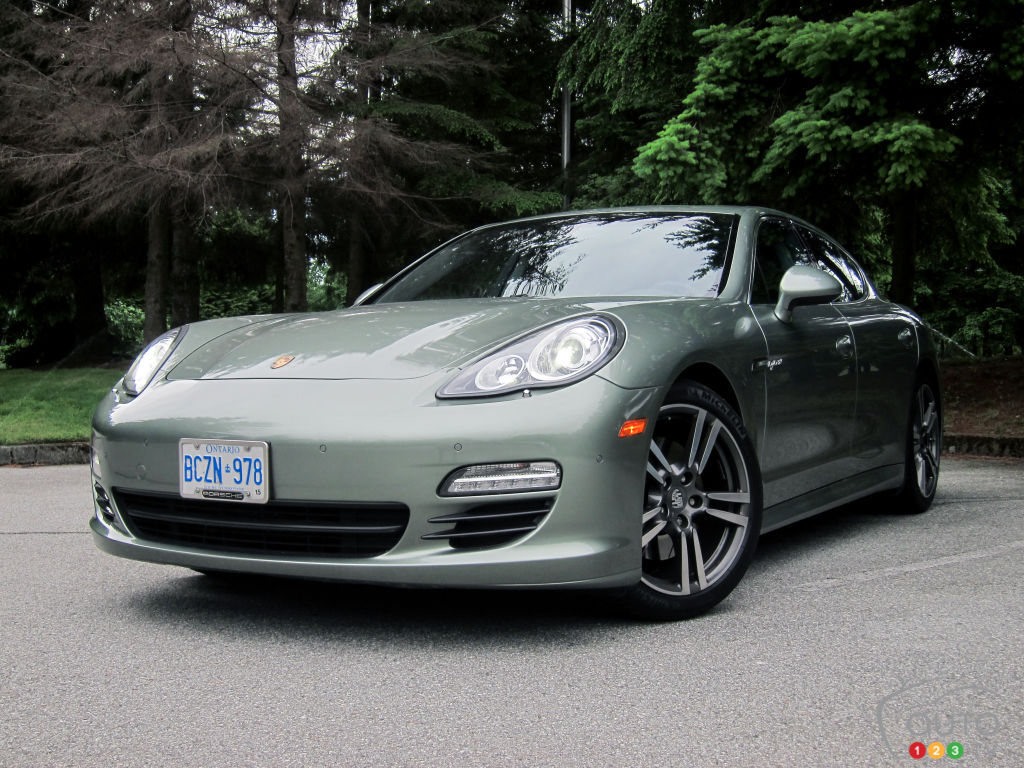 2012 porsche panamera s hybrid car reviews auto123. Black Bedroom Furniture Sets. Home Design Ideas