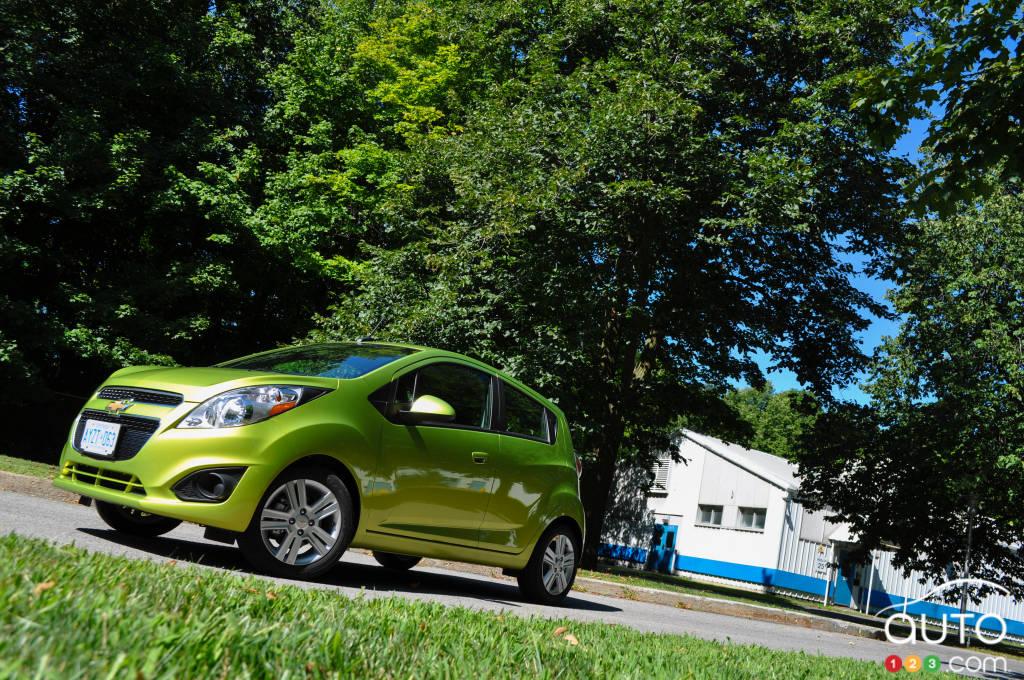 2013 chevrolet spark car reviews auto123. Black Bedroom Furniture Sets. Home Design Ideas