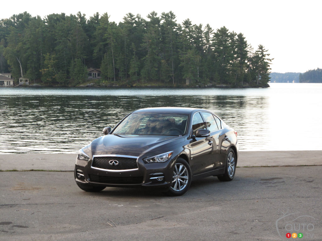 2014 infiniti q50 hybrid sport awd car reviews auto123. Black Bedroom Furniture Sets. Home Design Ideas