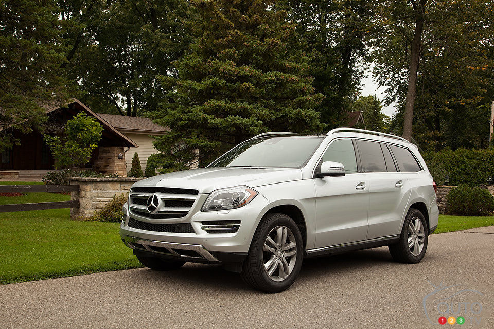 2014 mercedes benz gl 350 bluetec review video editor 39 s. Black Bedroom Furniture Sets. Home Design Ideas