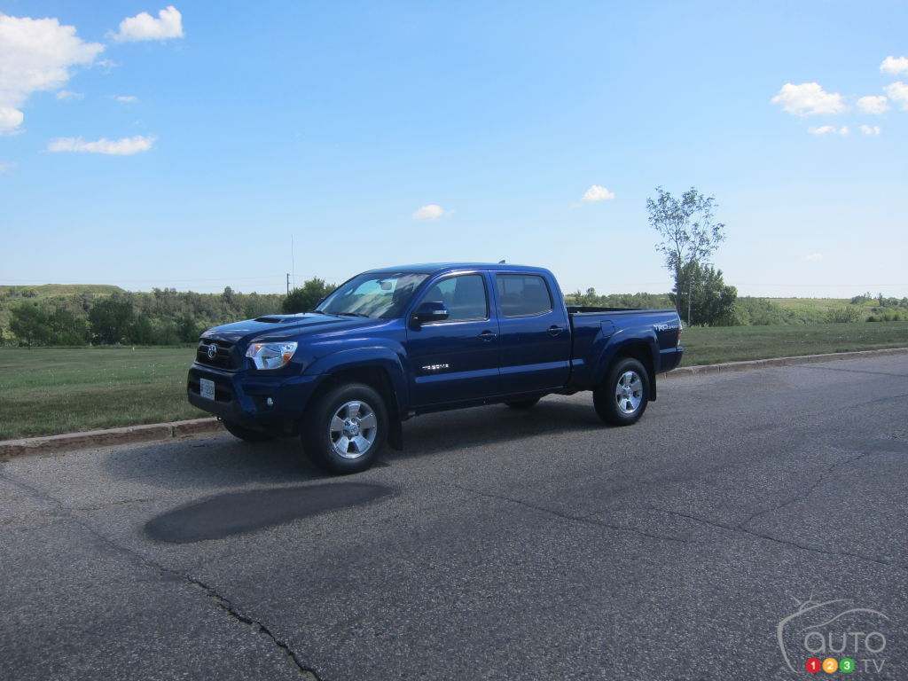 2014 toyota tacoma 4x4 double cab review editor 39 s review car reviews auto123. Black Bedroom Furniture Sets. Home Design Ideas
