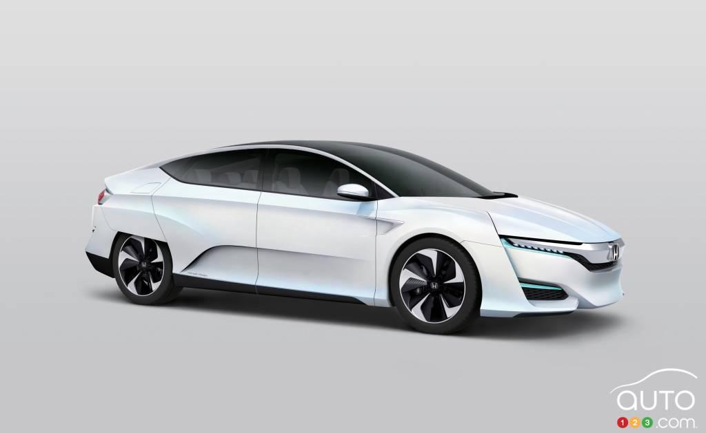 Honda unveils FCV Concept in Japan