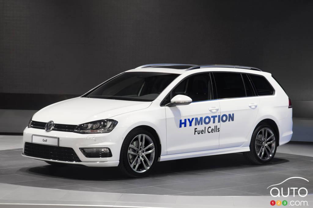 Los Angeles 2014: World premiere of VW Golf SportWagen HyMotion