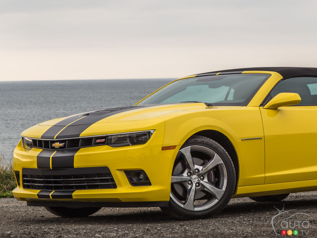 2015 chevrolet camaro ss convertible review editor 39 s review auto123. Black Bedroom Furniture Sets. Home Design Ideas