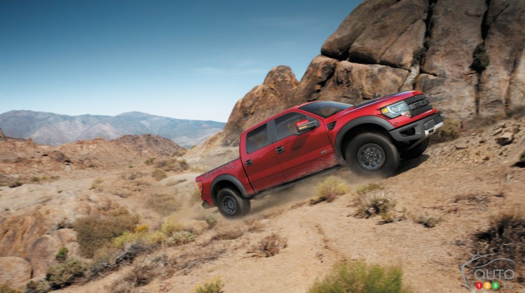 New Ford F-150 SVT Raptor, Focus RS await Detroit Auto Show visitors
