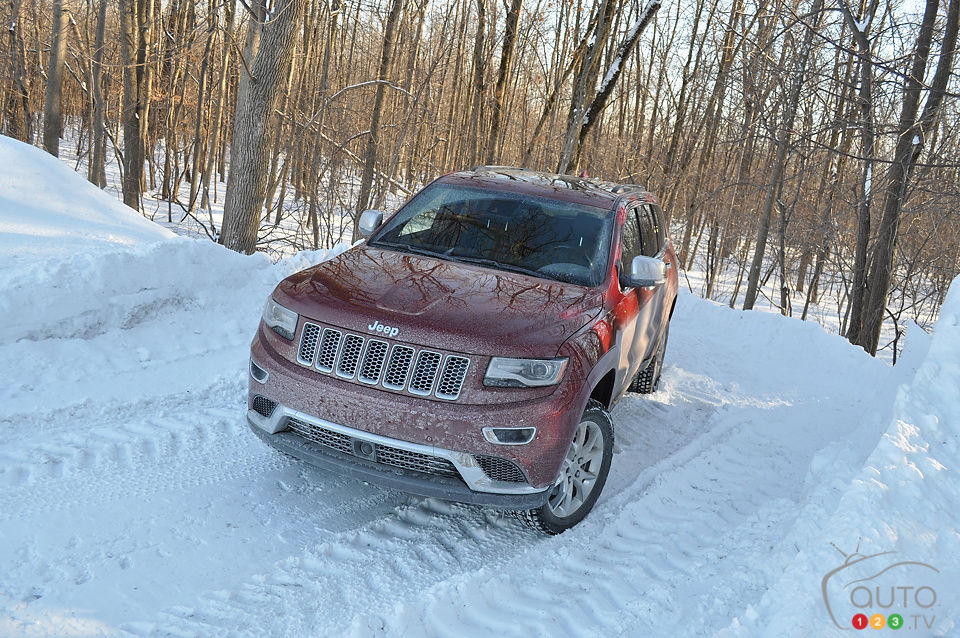 2014 Jeep Grand Cherokee Summit Ecodiesel Review Editors Review