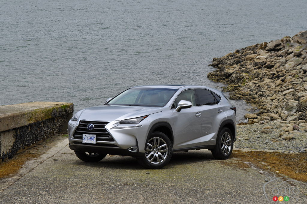 2015 lexus nx first impression editor 39 s review car reviews auto123. Black Bedroom Furniture Sets. Home Design Ideas