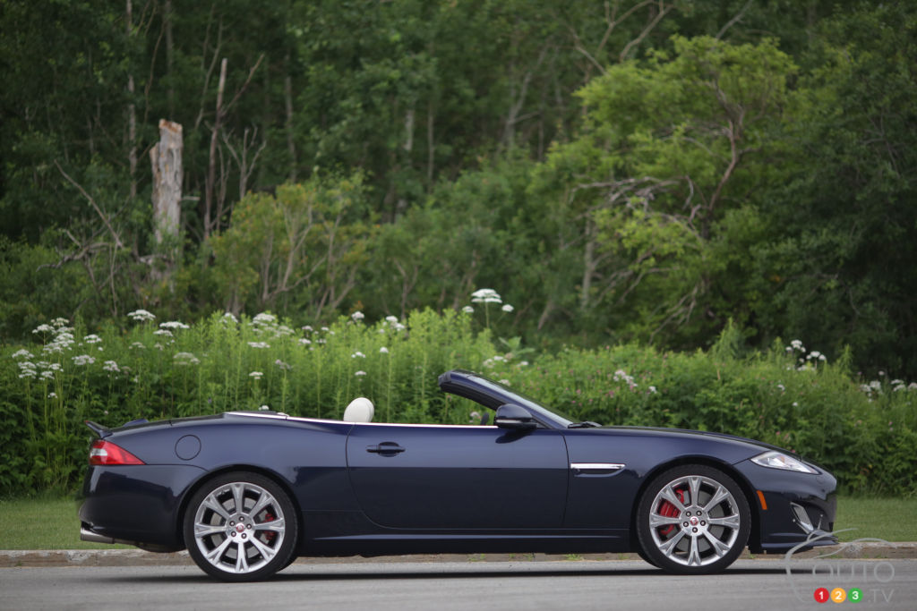 2014 Jaguar XKR Convertible Review Editoru0027s Review | Car Reviews | Auto123