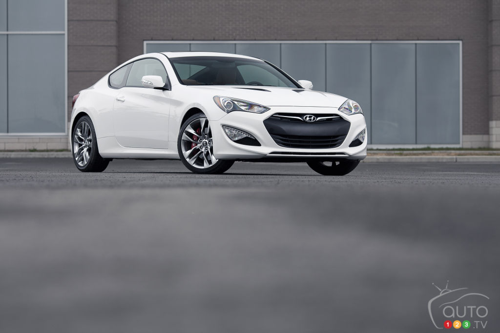2014 Hyundai Genesis Coupe 3.8 GT Review Editoru0027s Review | Car Reviews |  Auto123
