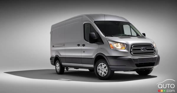 2015 Ford Transit 250 MR Van Review