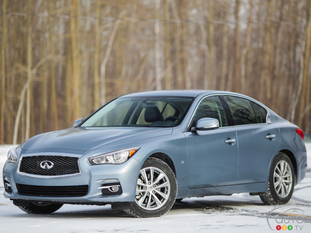 2015 infiniti q50 3 7 awd review editor 39 s review auto123. Black Bedroom Furniture Sets. Home Design Ideas