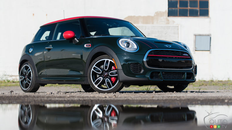 2015 MINI John Cooper Works 3 Door Review