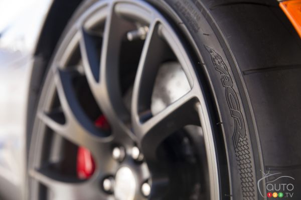 Kumho: official supplier for the new 2016 Dodge Viper ACR
