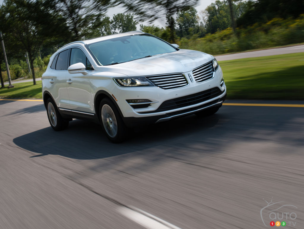 2016 lincoln mkc ecoboost awd review car news auto123. Black Bedroom Furniture Sets. Home Design Ideas