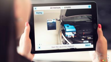 Hyundai launches 2D/3D owner's manual for mobile devices