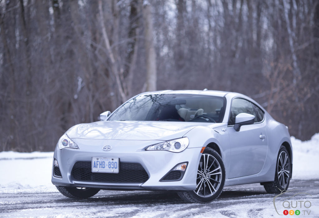 2015 scion fr s review yorkdale toyota. Black Bedroom Furniture Sets. Home Design Ideas