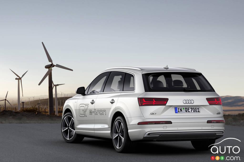 2015 Geneva Motor Show: Audi introduces Q7 e-tron quattro