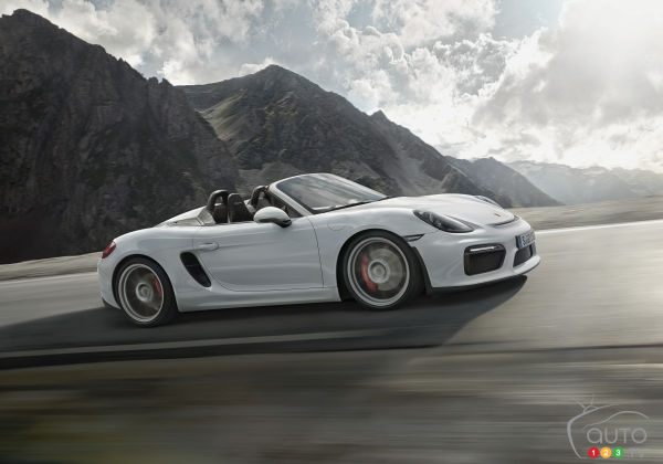 2015 New York Auto Show: Porsche Boxster Spyder is resurrected!