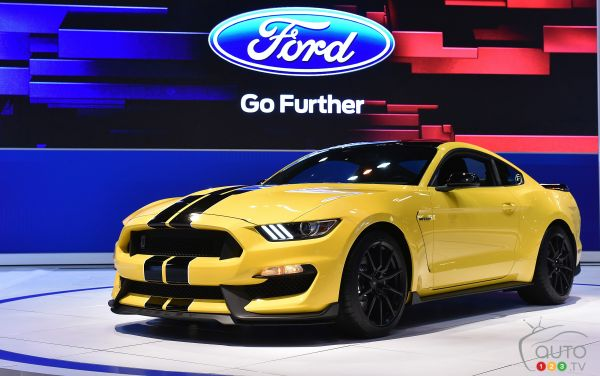 2015 Shelby GT350R: Get 'em while you can!